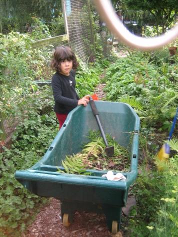 community garden les 2