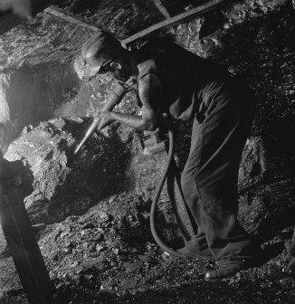 kolenmijnen_limburg2c_bestanddeelnr_901-1068_november1945nationaalarchief